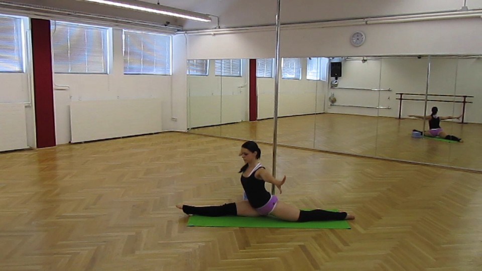Front Split Stretching Advanced